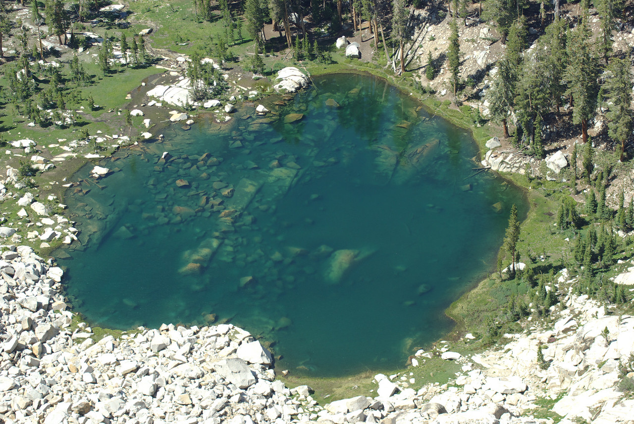A close-up of Fingerbowl Lake from atop of the Northern Three Sister