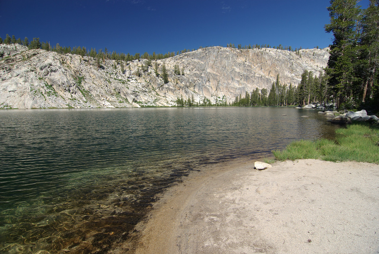 Cliff Lake pic2