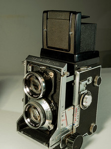 detail of Mamiya C3 1970s vintage twin lens reflex camera using 120 size film. taken 08/07/2014