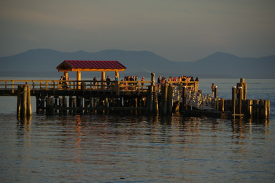 Later in the evening - Davis Bay is a popular place to watch the sunsets.