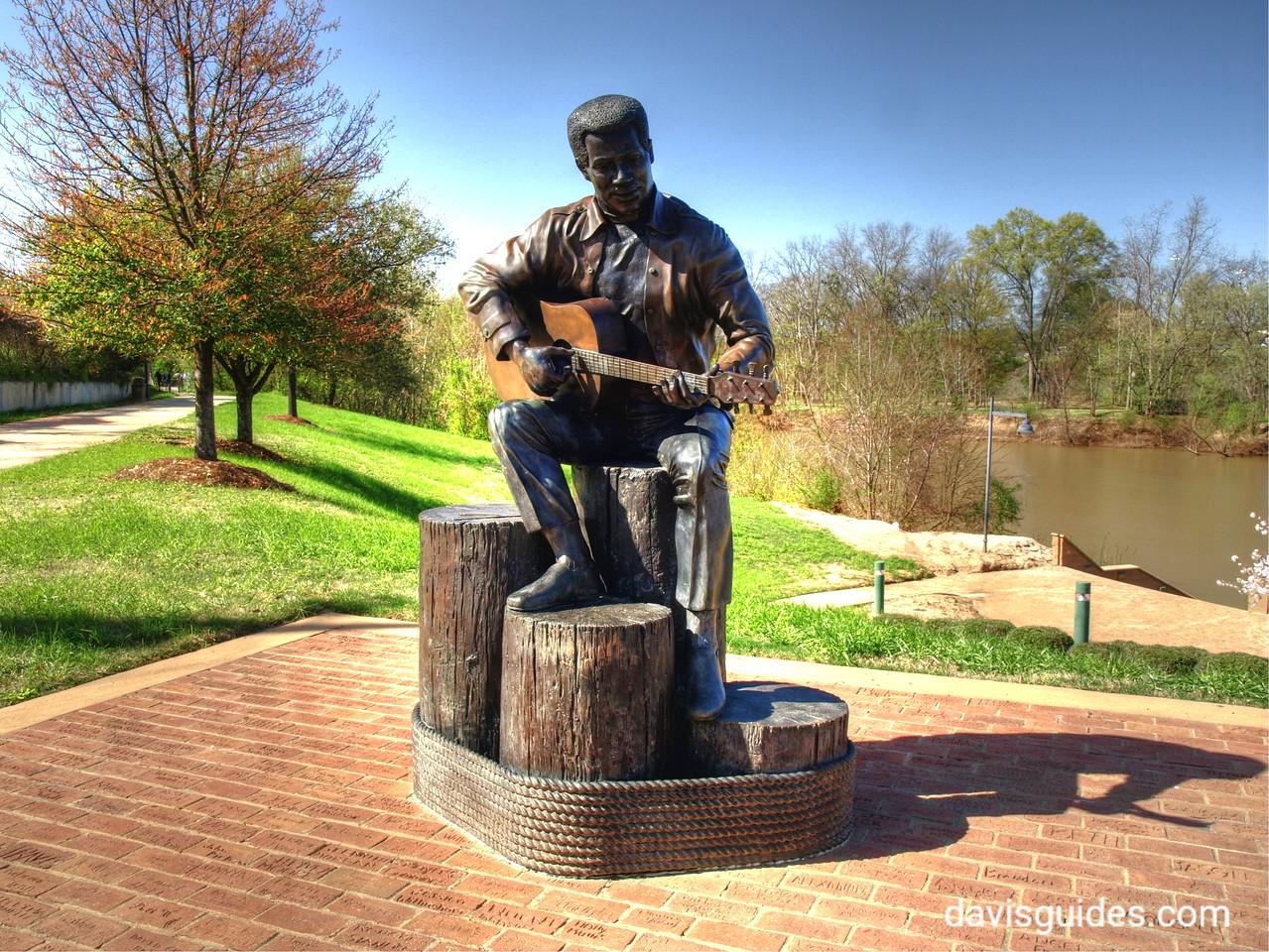 Otis Redding statue, Macon