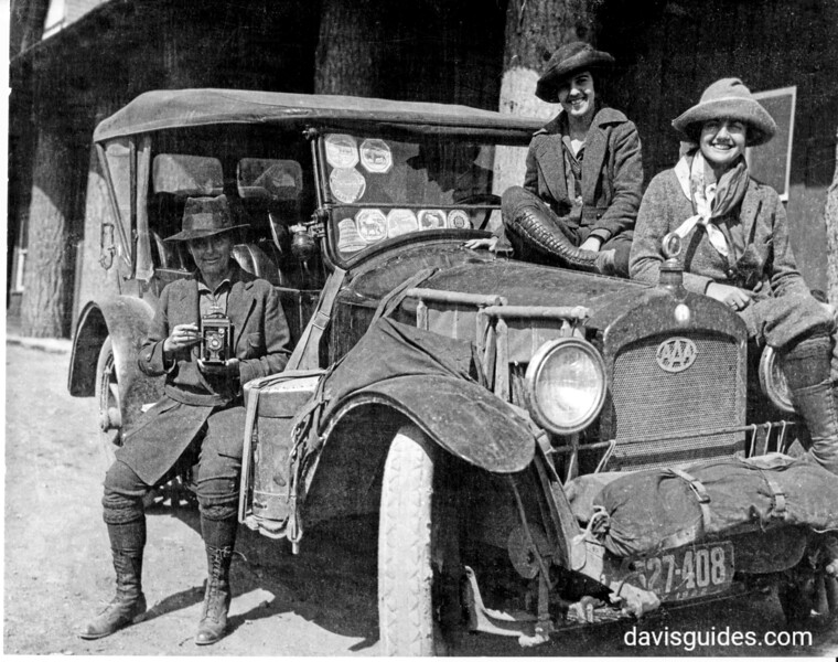 Mary Crehore Bedell and daughters, Yellowstone National Park, 1922