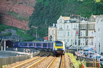 43182 leads 43128 into Dawlish with the 1A92 17:00 Paignton to Paddington