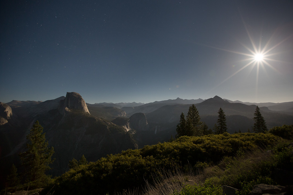 Rise of the Super Moon - Yosemite Valley