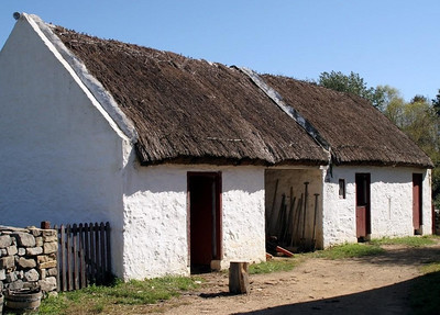 The outbuildings at the Scotch-Irish Farm are not attached to the farmhouse.