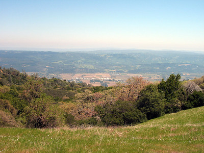 Looking down on Napa Valley. If it were clear enough, we would see the Sierra Nevada.