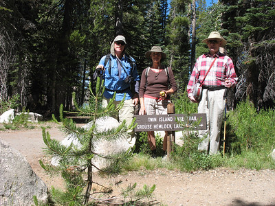 Our group for today. From right: Larry (AKA WimpeHiker, and our trip leader), Renée, Frank (yours truly). Larry and I previously hiked together at Stevens Trail in 2004. Today was my first time hiking with Renée, and it was great meeting her.