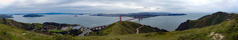 Golden Gate panorama from Slacker Hill summit.