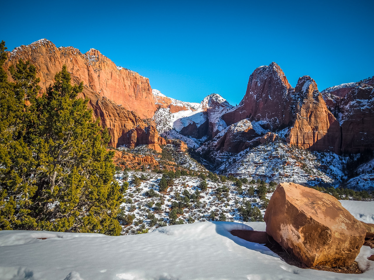 Snow in Kolob Canyons