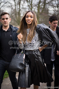 //www.puretrend.com/people/jourdan-dunn_p2180