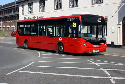 Quality Line DLE 30070-SN17 MVC at Dorking Railway Station.