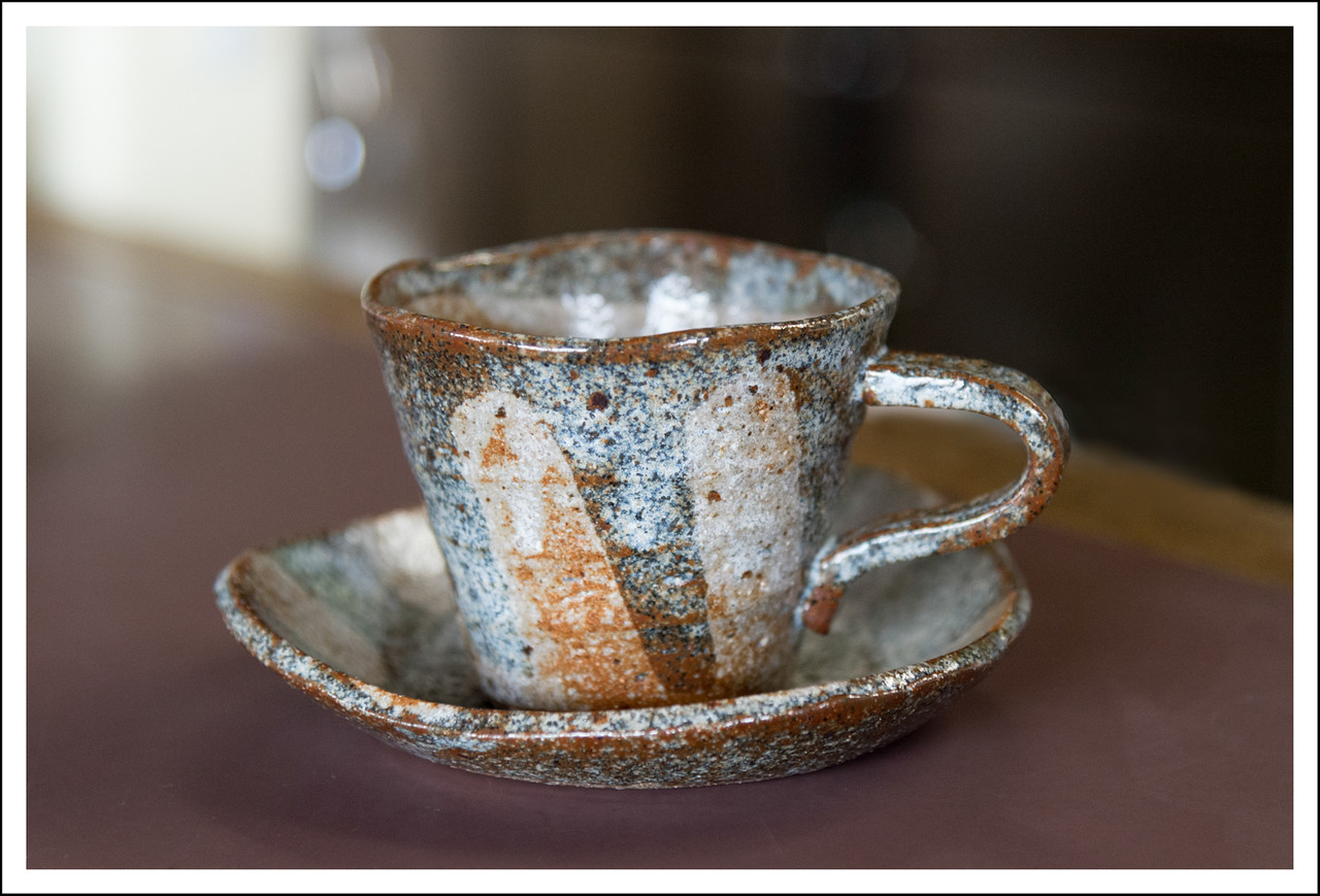 We stopped for coffee at Manazuru.  The coffee cups were hand made, and all different - very pretty!