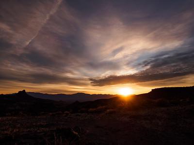 Sunrise below Sitgreaves Pass