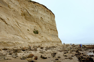 Cliffs and boulders