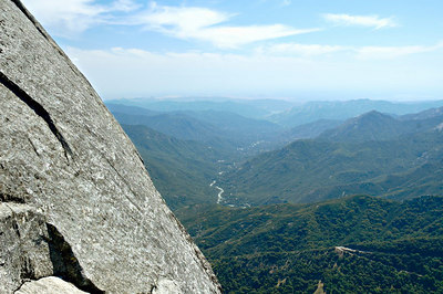 View from Moro Rock down the Kaweah River