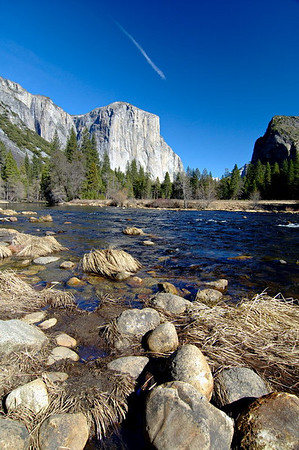 Rocks along the bank of the Merced River at Valley View.