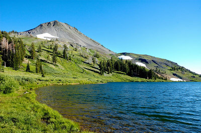 Hiram Peak over upper Highland Lake