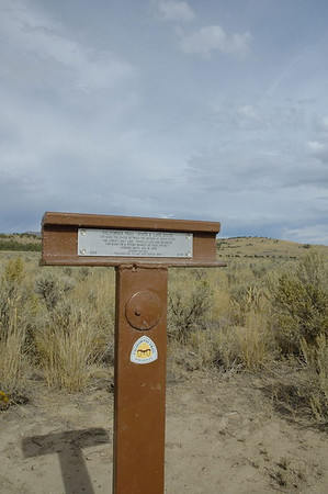 California Trail Marker - River and Lake Divide