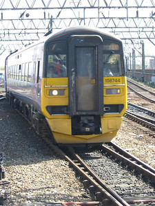 158744_ManchesterPiccadilly_220404