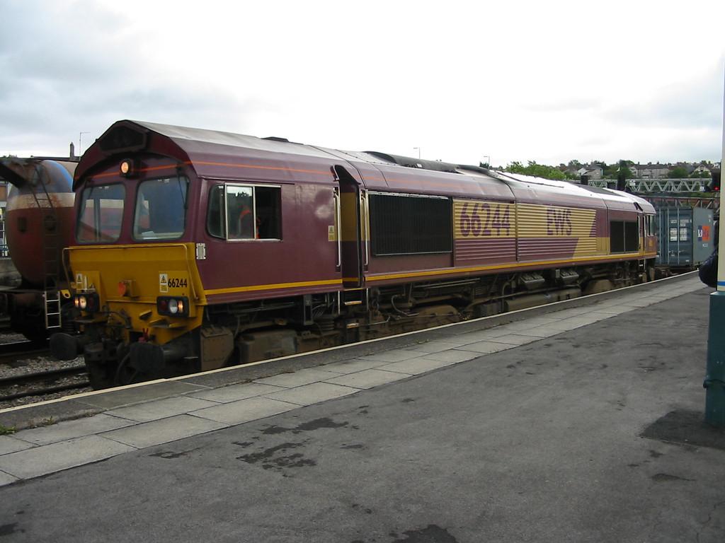 66244_Newport_200804