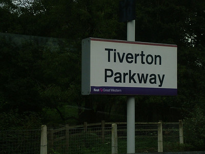 Sign_Tiverton_011006a