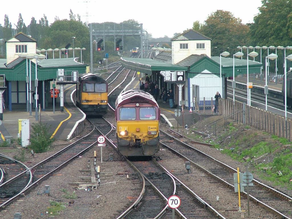 66228_60051_Didcot_261006a