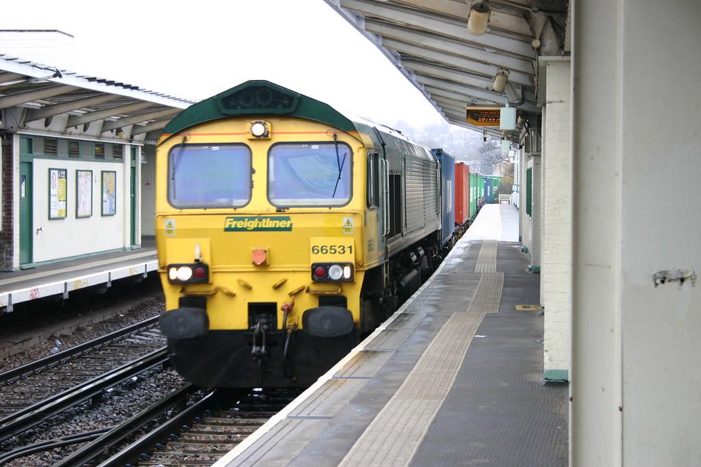 66531_PeckhamRye_220210 (7)_Freightliner