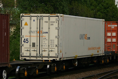 Container operators P