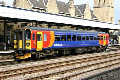 153319 - East Midlands Trains