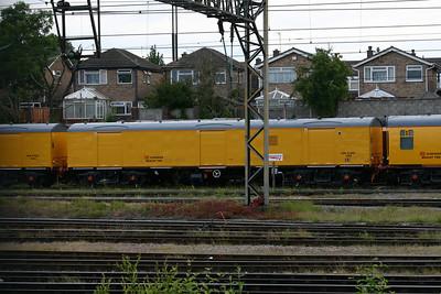 ADB971001 - Bescot Breakdown Train