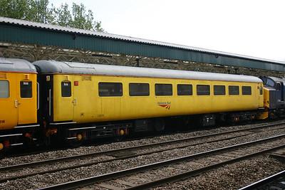 Class 488 - Gatwick Express trailers