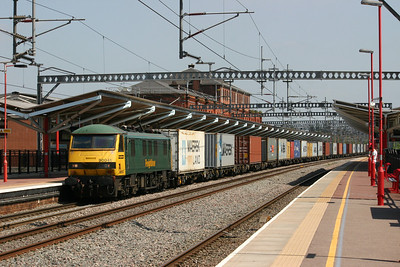 90041 - Freightliner Green