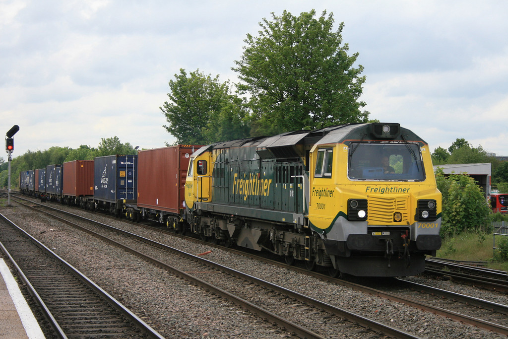 70001_freightliner_4O27_LeamingtonSpa_22052014 (209)