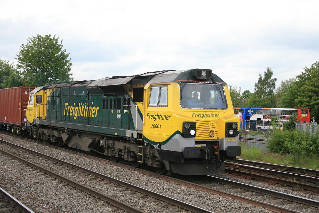 70001_freightliner_4O27_LeamingtonSpa_22052014 (210)