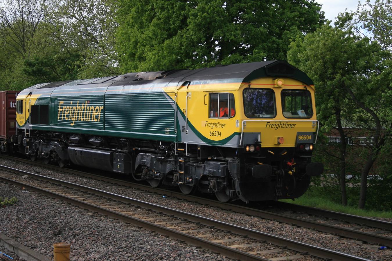 66504_GospelOak_05052015 (28)_freightliner