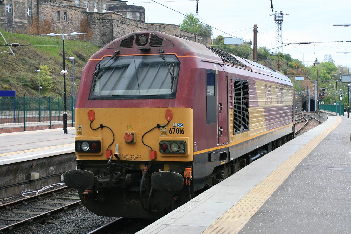67016_DBS_EdinburghWaverley_17052016 (92)