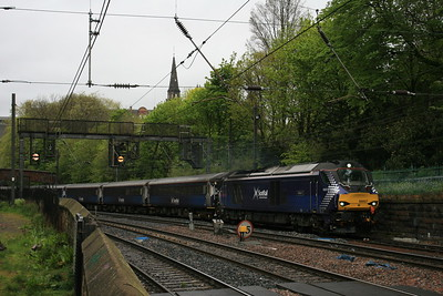 68007_DRS_Scotrail_EdinburghPrincesStGardens_18052016 (151)