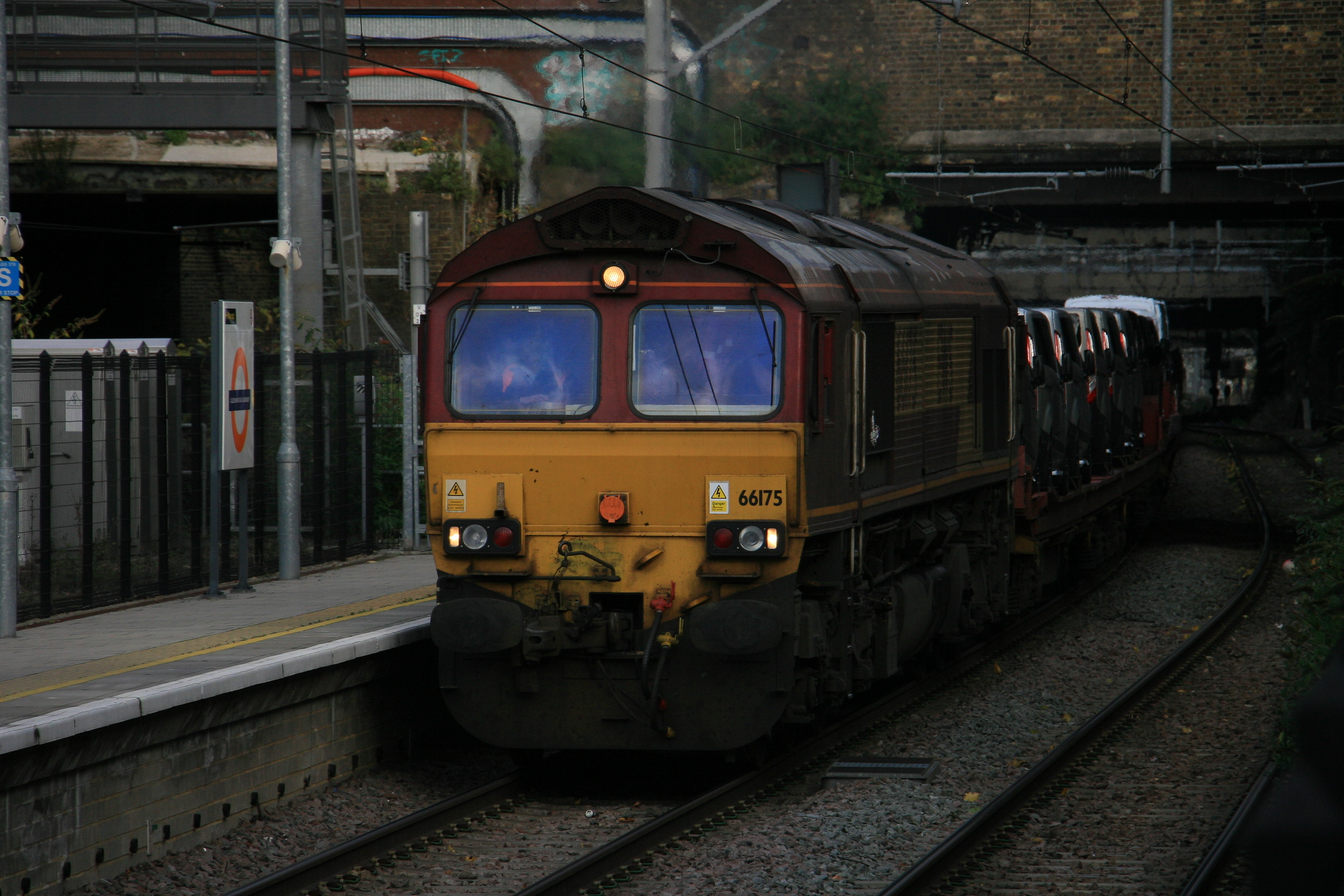 66175_6X44_DBS_CaledonianRoadAndBarnsbury_07112016 (25)