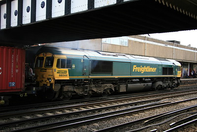 66566_freightliner_Eastleigh_19082017 (561)