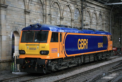 92043_EdinburghWaverley_11052018_Class92_GBRF (2)