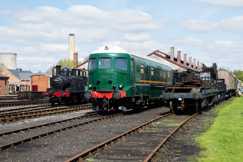 1946 - GWR Prototype gas turbine locomotive No: 18000