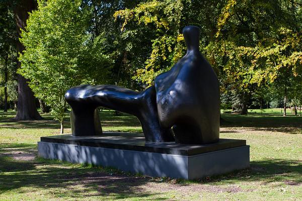 Henry Moore 'Reclining Figure Arch Leg'
