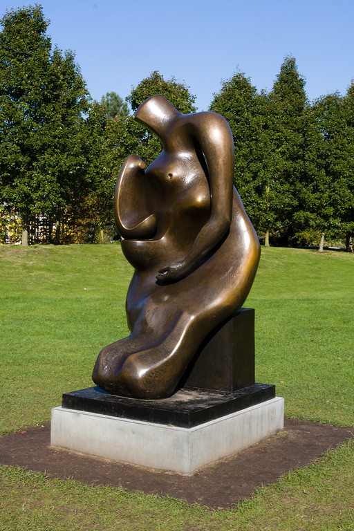 Henry Moore 'Mother and Child: Block Seat'