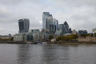 Architecture around the London Bridge
