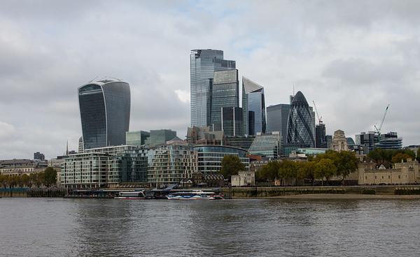 Architecture around London bridge