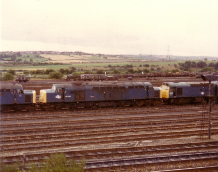 40025 in the Healey Mills scrapline on 6th September 1983