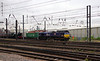 66109 Teesport Express passes Doncaster with London Gateway to Wakefield Eurport service (1)