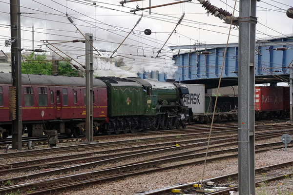 60103 Flying Scotsman departs with 'The Hadrian' Doncaster 24th July 2021 (8)