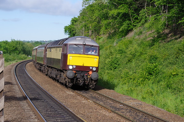 57601 Windsor Castle leads the Northern Belle with special from Manchester to Edinburgh passing Deighton 4th June 2021 (4)