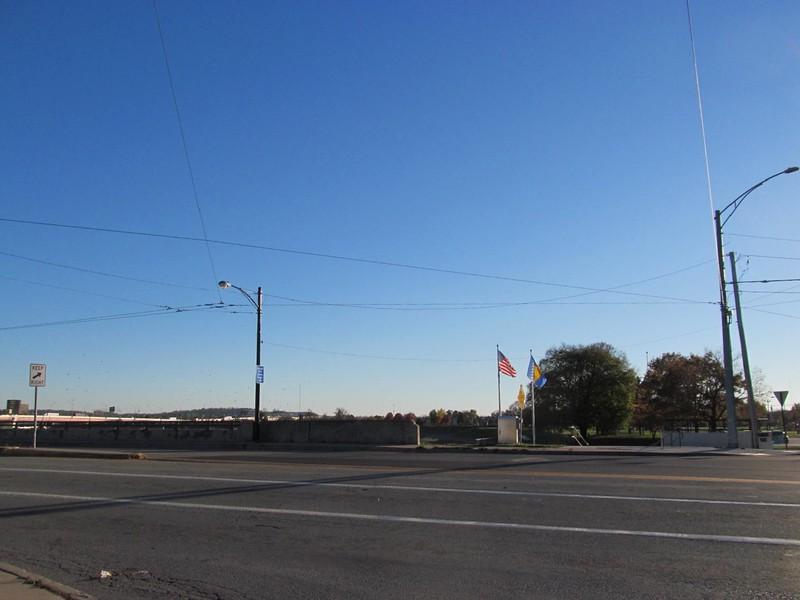 11-10-16 Dayton 67 Holbrooke Plaza